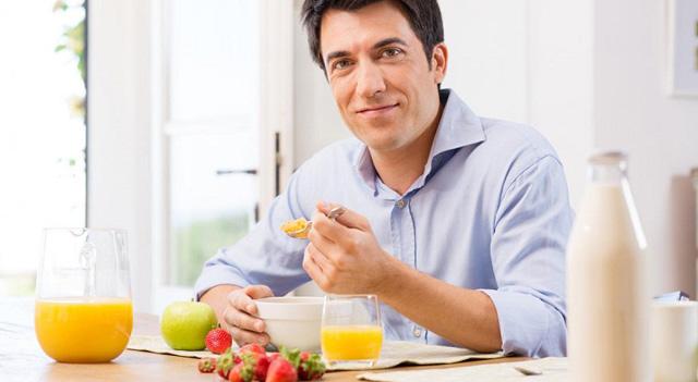 Điều trị viêm loét dạ dày hiệu quả với Tinh Bột Nghệ
