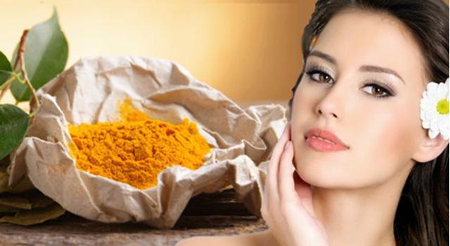 Trị nám da, sạm da, tàn nhang hiệu quả với Tinh bột nghệ nguyên chất