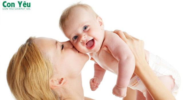 9 kỷ năng chăm sóc trẻ sơ sinh cho những bậc làm cha làm mẹ khi lần đầu sinh con