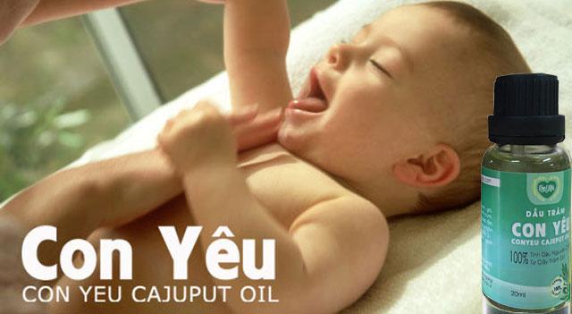 Hướng dẫn mẹ cách massage toàn thân cho bé với tinh dầu tràm