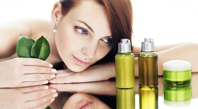 Nên chọn Tinh dầu Tràm hay tinh dầu khuynh diệp cho con yêu của bạn?