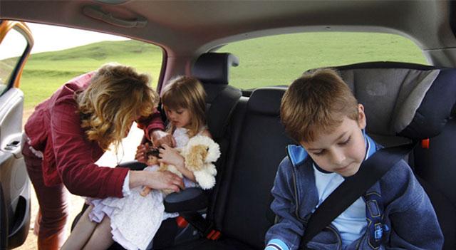 Vì sao tinh dầu tràm không thể thiếu trong mỗi gia đình?