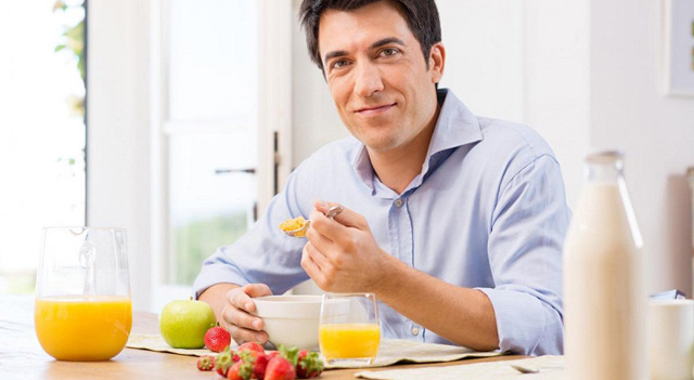 Đau dạ dày – Từ nay đã có tinh bột nghệ